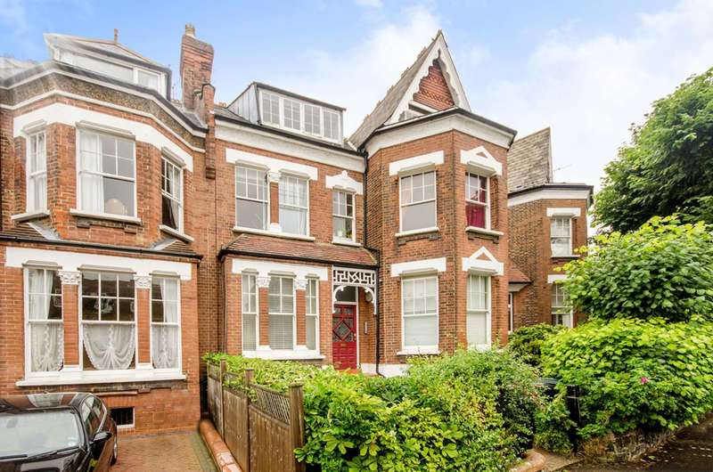 1 Bedroom Flat for sale in Church Crescent, Muswell Hill, N10