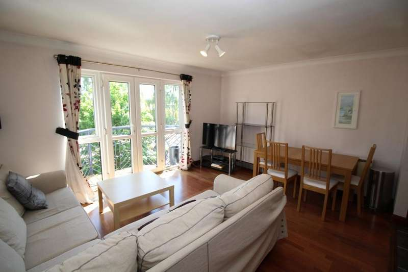 3 Bedrooms Apartment Flat for sale in Vancouver Quay, Salford Quays, Salford, M50