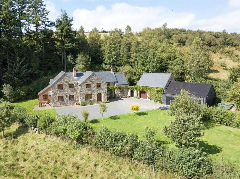 4 Bedrooms Detached House for sale in Cwmbelan, Llanidloes, Powys