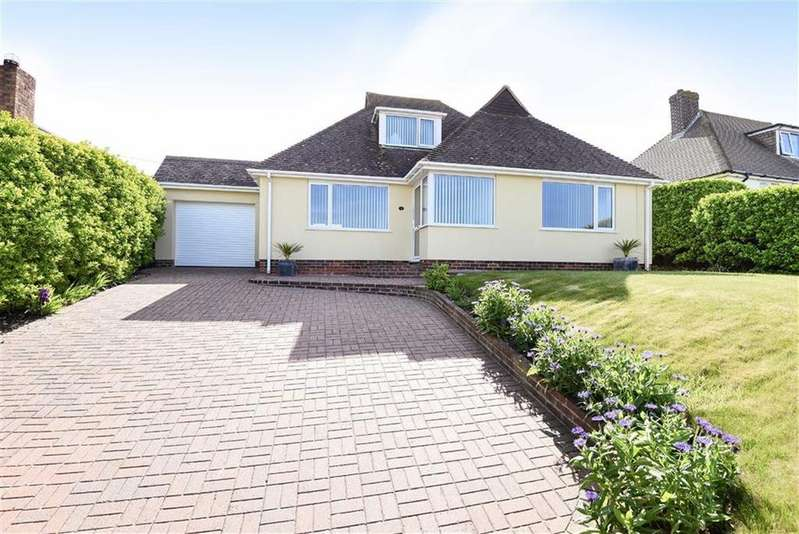 4 Bedrooms Chalet House for sale in Station Road, Bishopstone, Seaford