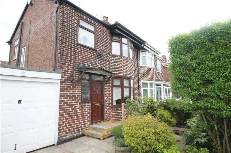 3 Bedrooms Property for sale in Gatling Avenue, Manchester