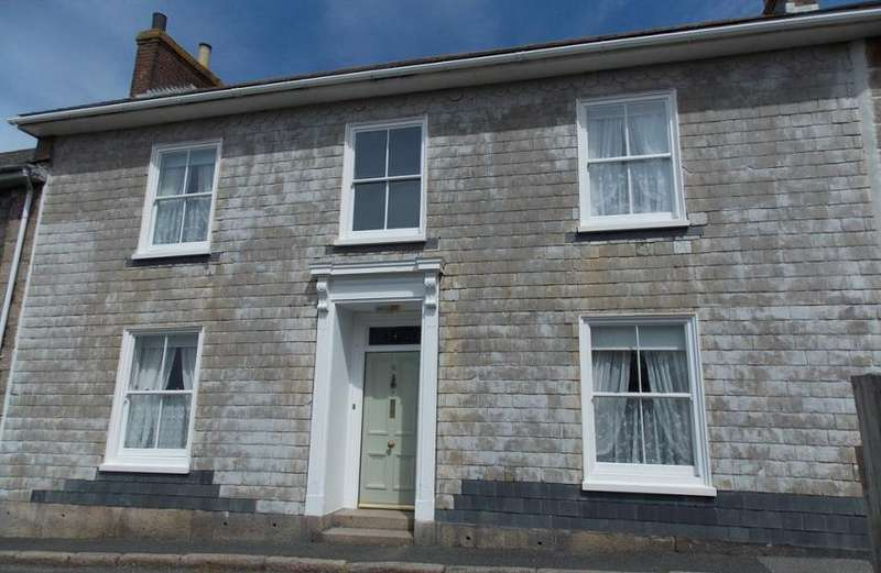 4 Bedrooms Property for sale in Symons Terrace, Redruth