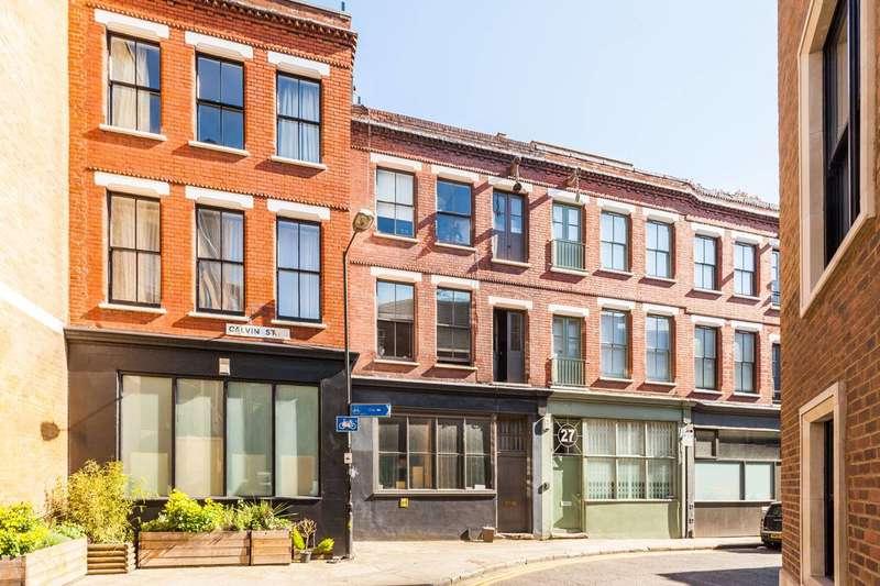 Studio Flat for sale in Calvin Street, Spitalfields, E1