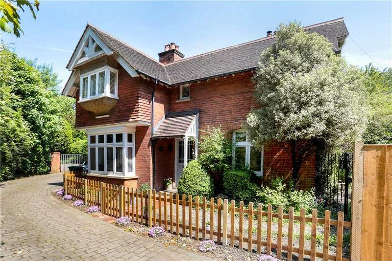 4 Bedrooms Detached House for sale in Oak Lane, Sevenoaks, Kent, TN13
