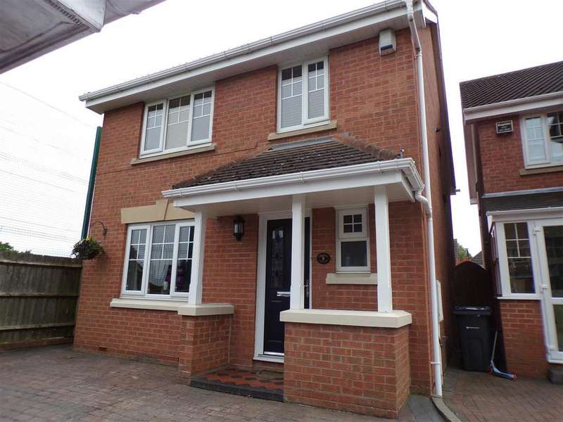 4 Bedrooms Detached House for sale in Bramble Drive, Birmingham