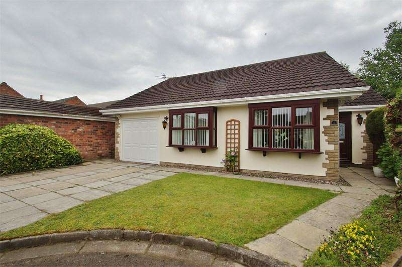 3 Bedrooms Detached Bungalow for sale in The Briars, Birkdale