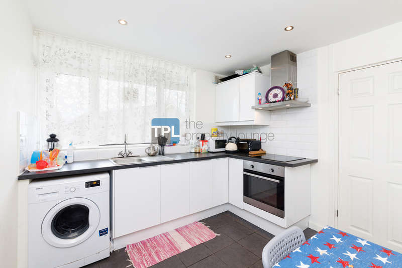 2 Bedrooms Flat for sale in Winchester Avenue, Queens Park, London NW6