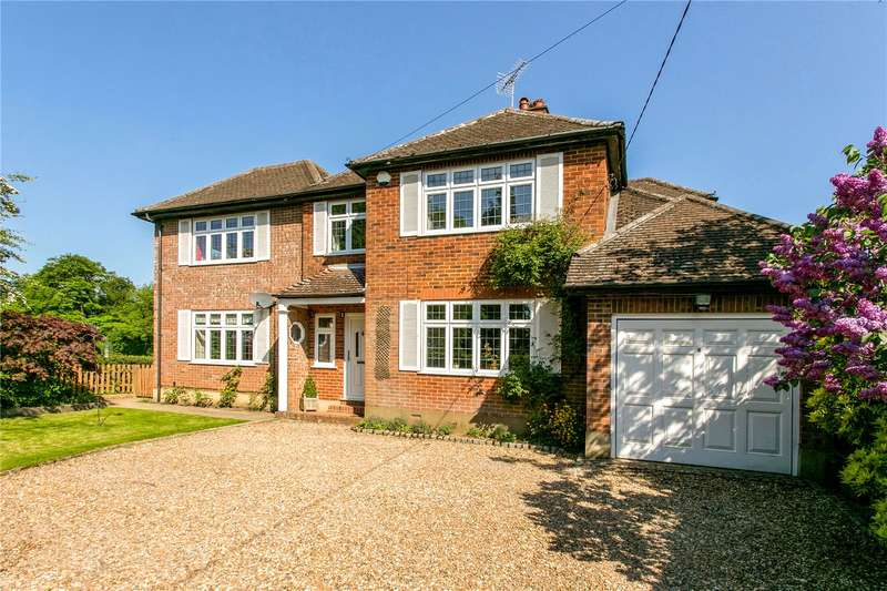 4 Bedrooms Detached House for sale in Brays Close, Hyde Heath, Amersham, Buckinghamshire, HP6