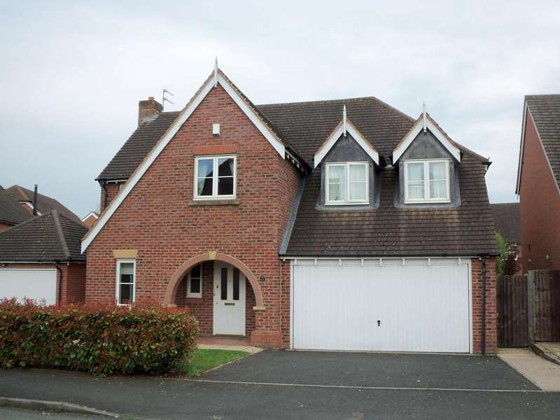 4 Bedrooms Detached House for rent in Old Farm Drive, Codsall, Wolverhampton WV8