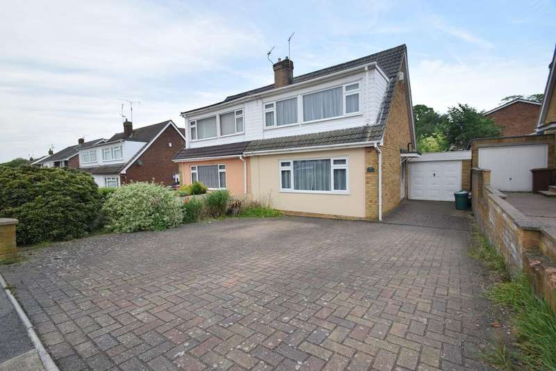 3 Bedrooms Semi Detached House for sale in Ballens Road, Chatham, ME5