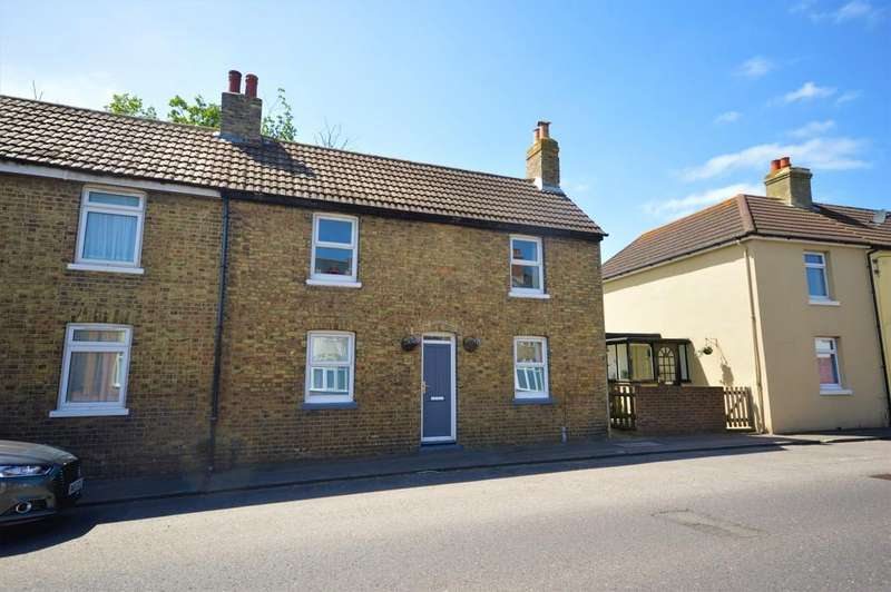 2 Bedrooms End Of Terrace House for sale in Cheriton High Street, Cheriton, Folkestone