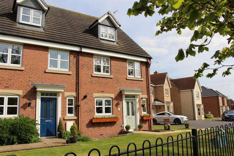 4 Bedrooms Semi Detached House for sale in Walter Close, Great Glen, Leicester