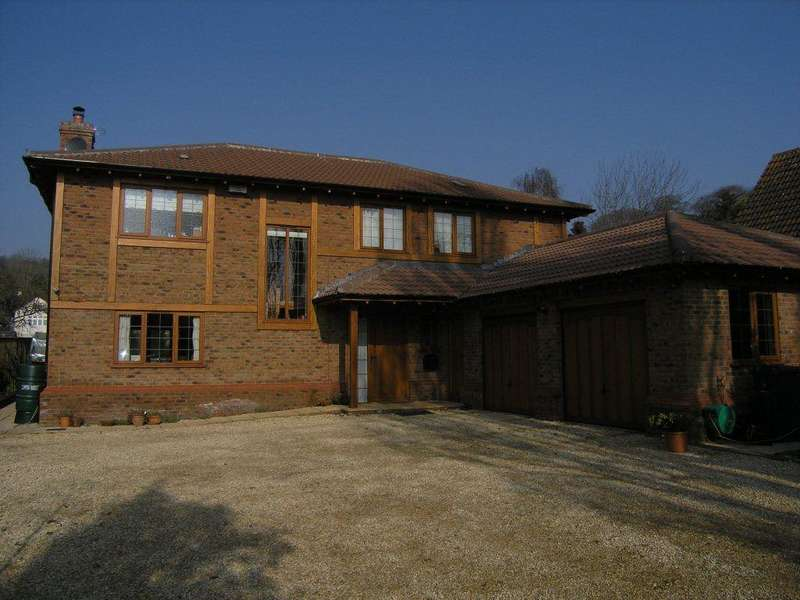 4 Bedrooms House for rent in The Grange, Coombe Dingle