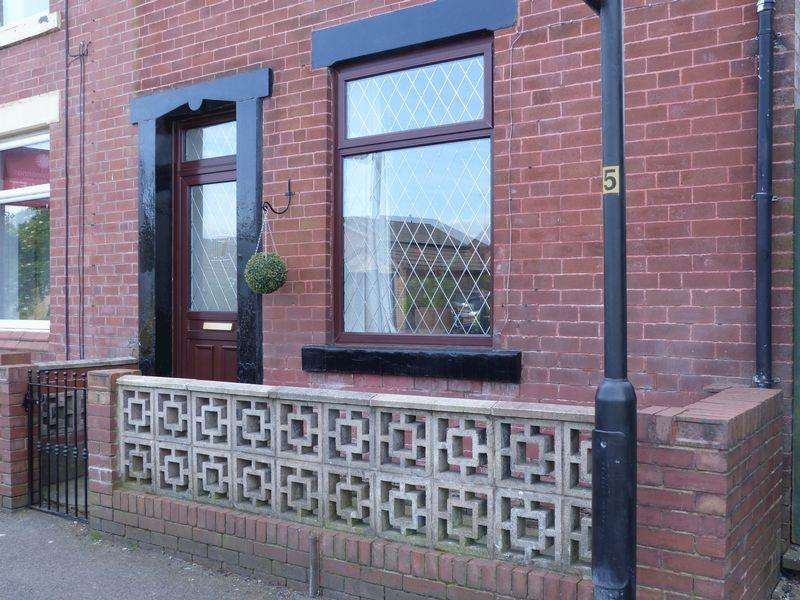 2 Bedrooms Terraced House for sale in Salts Street, Oldham