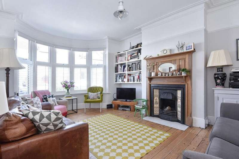 4 Bedrooms Terraced House for sale in Hexham Road, West Norwood