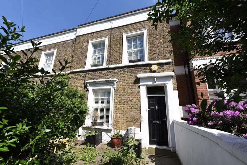 3 Bedrooms Terraced House for sale in Cavendish Road, Balham