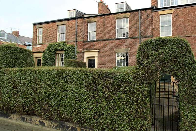 4 Bedrooms Terraced House for sale in Tynemouth Terrace, Tynemouth