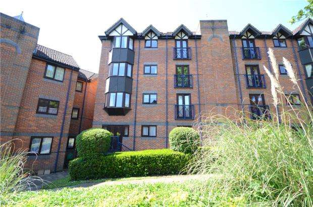 2 Bedrooms Retirement Property for sale in Talbot Court, Reading, Berkshire