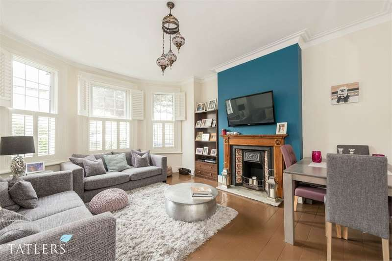 3 Bedrooms Maisonette Flat for sale in East End Road, East Finchley, London
