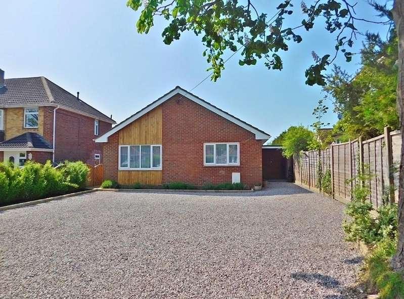 3 Bedrooms Detached Bungalow for sale in Mays Lane, Stubbington