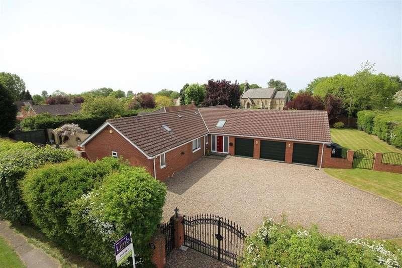 5 Bedrooms Detached Bungalow for sale in Howden Croft Hill, Ellerker, Brough