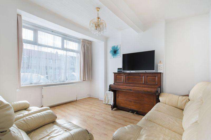 4 Bedrooms Terraced House for sale in Sherwood Avenue, London