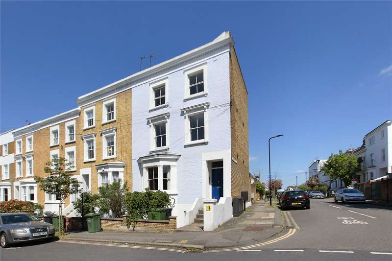 3 Bedrooms Flat for sale in Lambourn Road, Clapham, London, SW4
