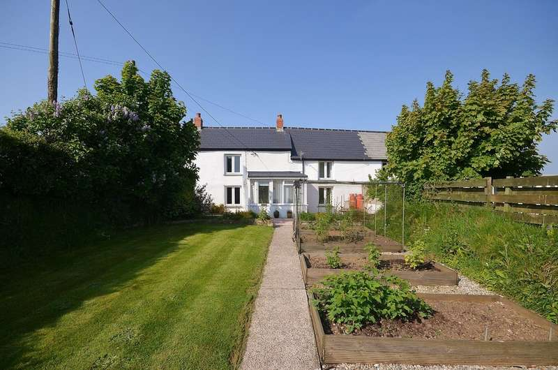 4 Bedrooms Semi Detached House for sale in Threeburrows