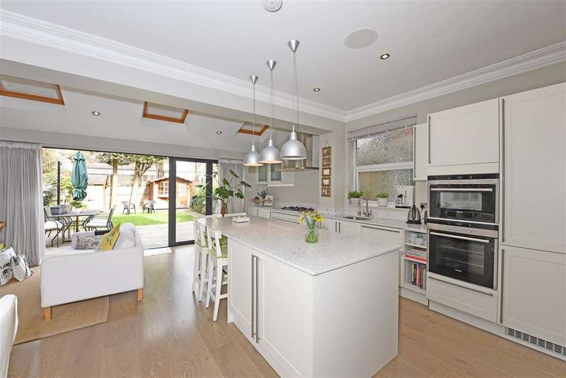 5 Bedrooms Semi Detached House for sale in Stanton Road, Wimbledon