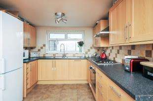 3 Bedrooms Semi Detached House for sale in Blythe Vale, Catford, London, .