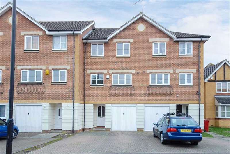 4 Bedrooms Town House for sale in Earls Lane, Slough, Berkshire