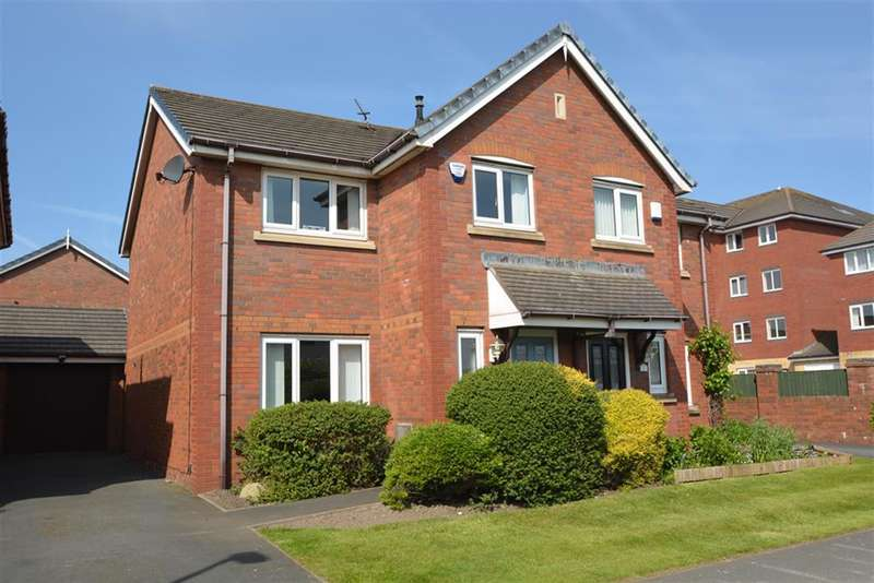 3 Bedrooms Semi Detached House for sale in Westgate, Lytham St Annes, FY8 2SQ