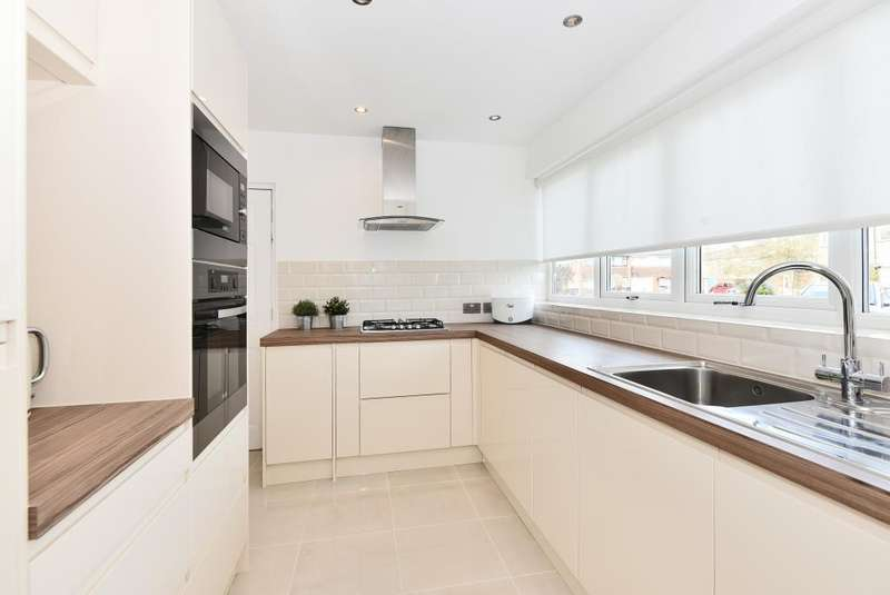 3 Bedrooms House for sale in Burnham, Berkshire, SL1