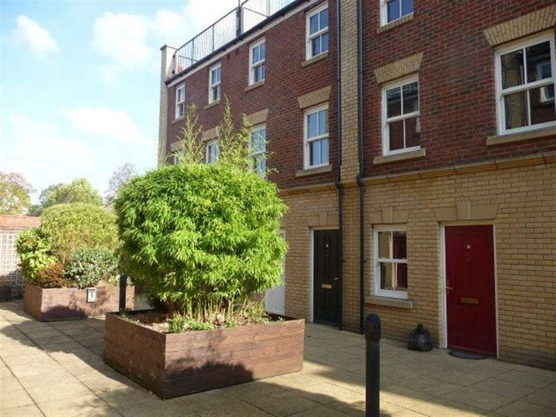 2 Bedrooms Flat for rent in SHEEP STREET TOWN CENTRE NN1