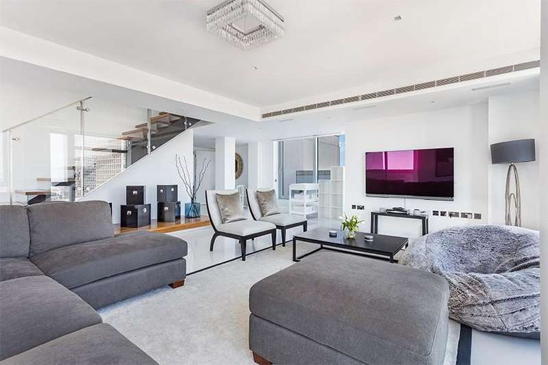 4 Bedrooms Flat for rent in Pan Peninsula Square, Nr Canary Wharf, London, E14