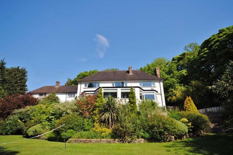 4 Bedrooms Semi Detached House for sale in Castle Hill, Prestbury