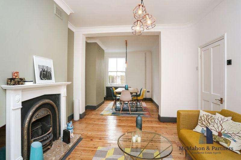 3 Bedrooms Terraced House for sale in Trafalgar Street, London