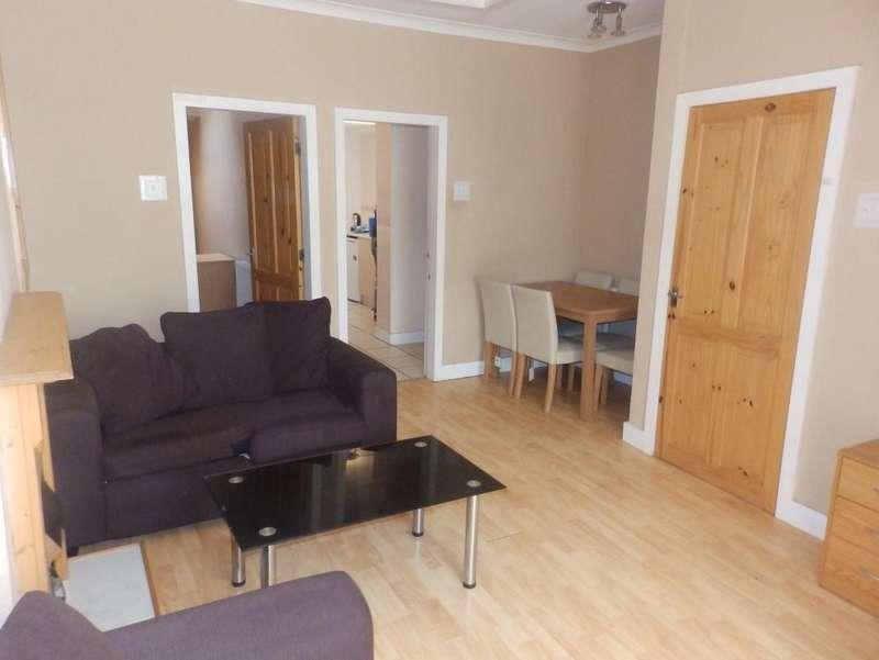 3 Bedrooms Terraced House for sale in Ripon Street, Preston, PR1