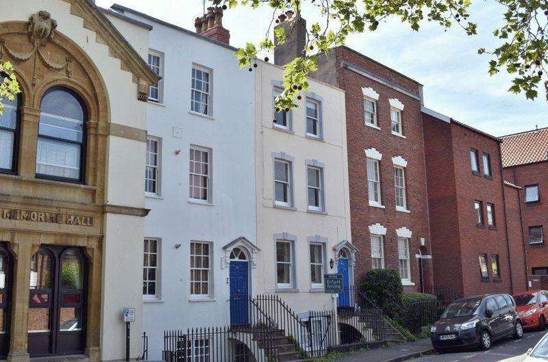 2 Bedrooms Apartment Flat for sale in Portland Street, Kingsdown