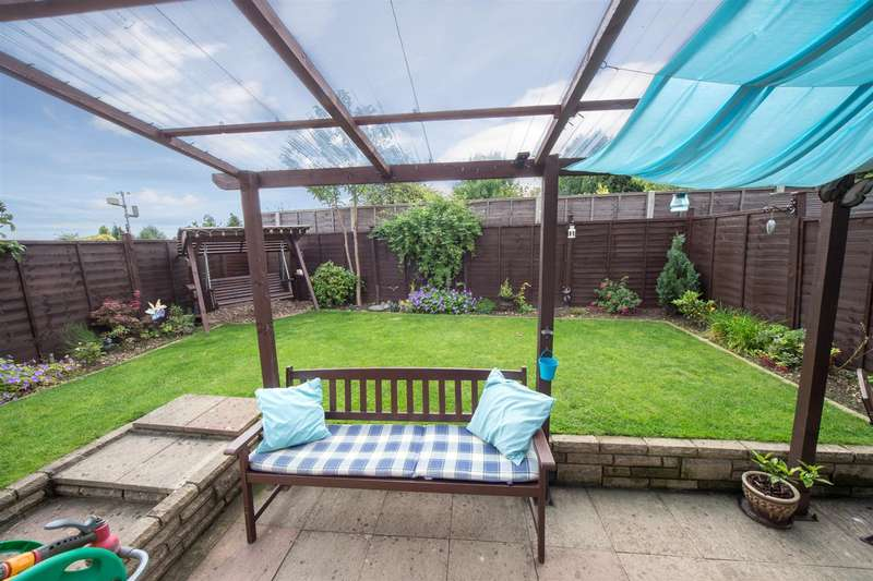 3 Bedrooms Detached House for sale in Emerald Road, Luton