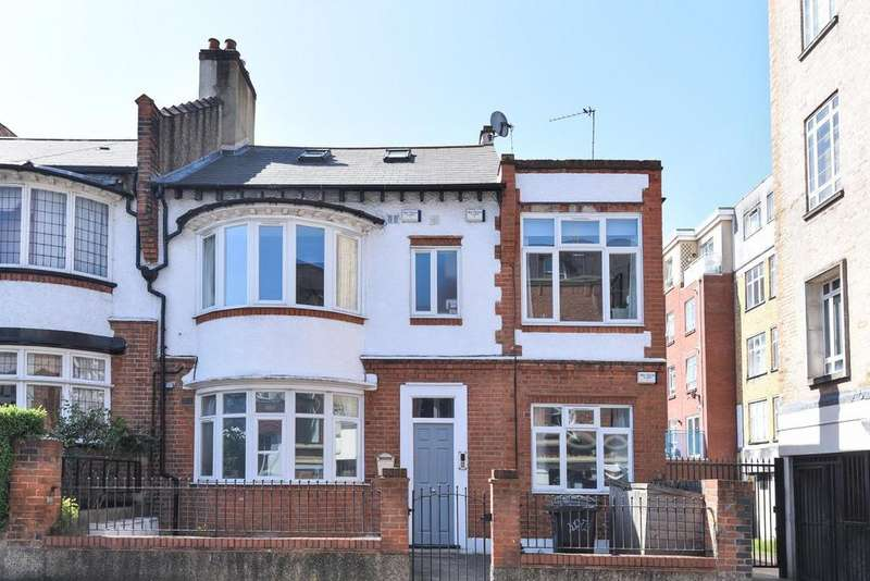 3 Bedrooms Flat for sale in Wyatt Park Road, Streatham Hill