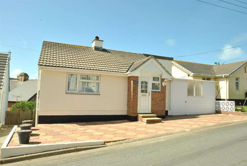 3 Bedrooms Detached House for sale in Maer Down, Bude