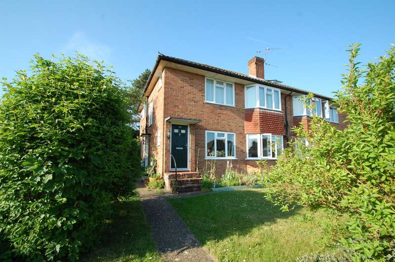 2 Bedrooms Maisonette Flat for sale in Pennylets Green, Stoke Poges, SL2