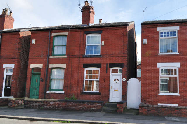 2 Bedrooms Semi Detached House for rent in Countess Street, Heaviley, Stockport, Cheshire, SK2 6HB