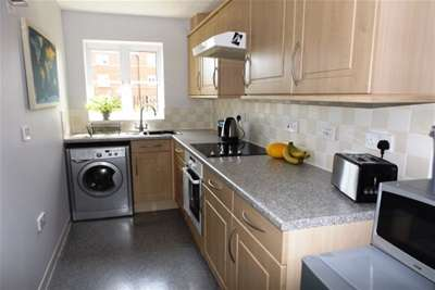 2 Bedrooms Flat for rent in Budleigh Salterton
