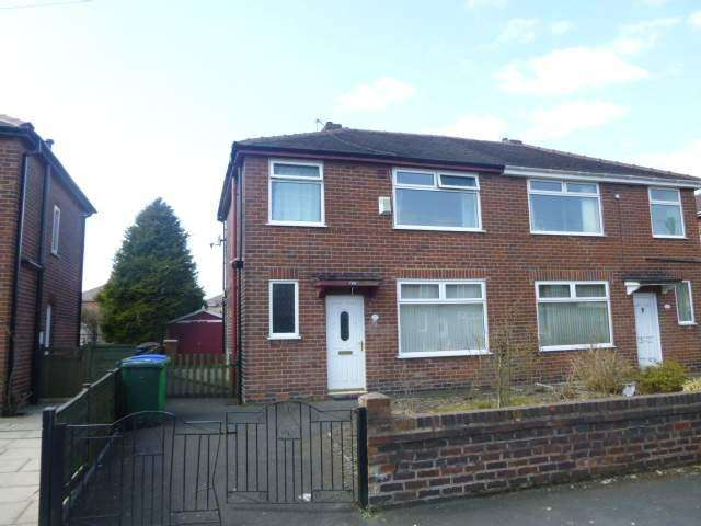 3 Bedrooms Semi Detached House for sale in Bertha Road, Milnrow, Rochdale