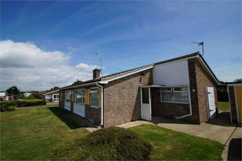 2 Bedrooms House for rent in Clacton-on-Sea, Essex