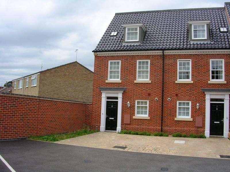 3 Bedrooms House for rent in Eileen Crisp Court