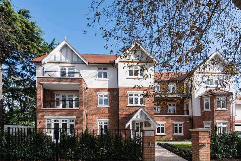 2 Bedrooms Apartment Flat for sale in Elva Lodge, Castle Hill, Maidenhead