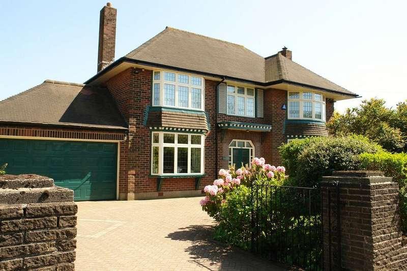 4 Bedrooms Detached House for sale in Uplands, 696 Ripponden Road, Moorside